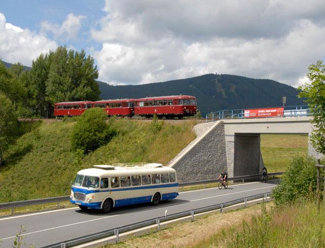 Spitzberg-Bus.jpg